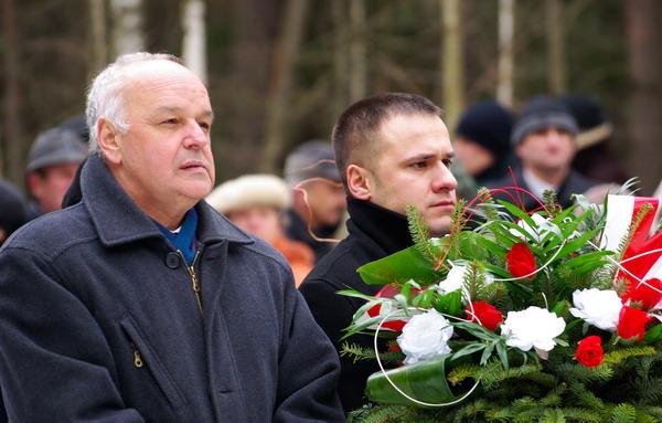 http://www.skarzysko24.pl/foto/artykuly/bor_obchody_17_02_2008_004.jpg