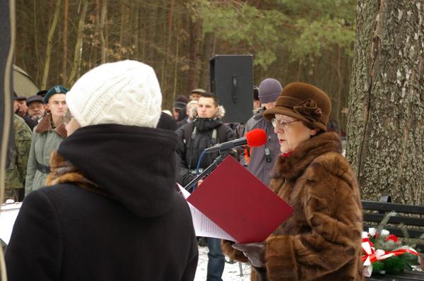 http://www.skarzysko24.pl/foto/artykuly/bor_obchody_17_02_2008_016.jpg